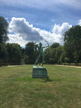 P Schlossgarten 1
