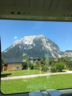Fahrt über Grießenpass Berge 1