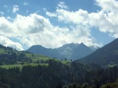 Fahrt über Grießenpass Berge 3