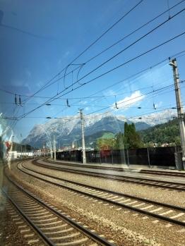 Fahrt über Grießenpass Berge 4